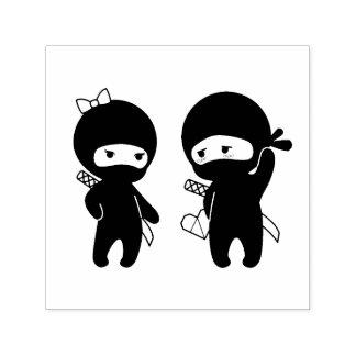 Tampon Auto-encreur Paires de Ninja, un garçon et une fille