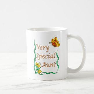 Tante très spéciale Butterfly Mug