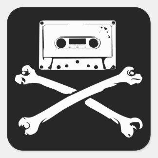 Taping à la maison de piraterie de bande et de sticker carré