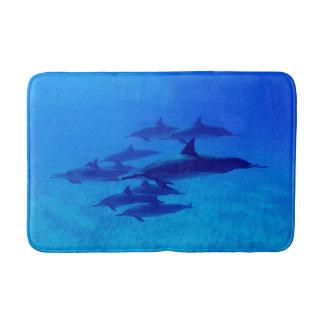 Tapis De Bain Dauphins nageant en mer bleue