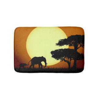 Tapis De Bain Éléphants de safari au coucher du soleil