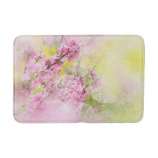 Tapis De Bain L'aquarelle rose fleurit l'arrière - plan de vert