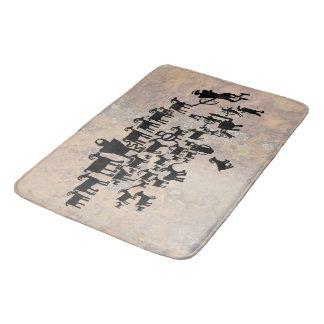 Tapis De Bain Le grand panneau de pétroglyphe de chasse