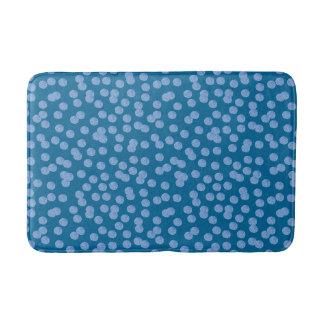 Tapis de bain moyen de pois bleu