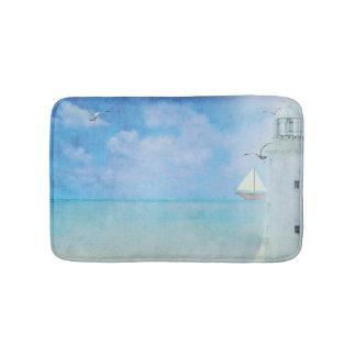 Tapis De Bain phare peinture-blanc d'aquarelle avec le voilier