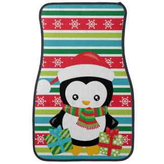 Tapis De Sol Pingouin de cadeau sur l'arrière - plan rayé de