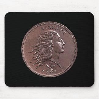 Tapis De Souris 1793 grands cents débordants de cheveux