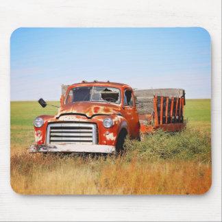 Tapis de souris abandonné de camion de ferme