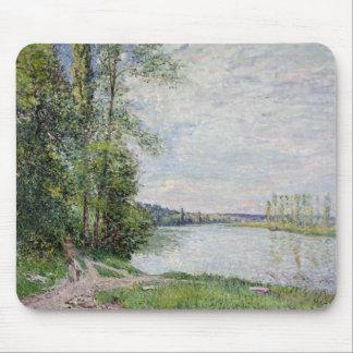 Tapis De Souris Alfred Sisley | la route de rive de Veneux