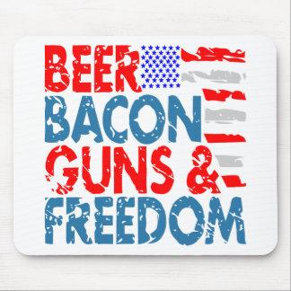 Tapis De Souris Armes à feu et liberté de lard de bière