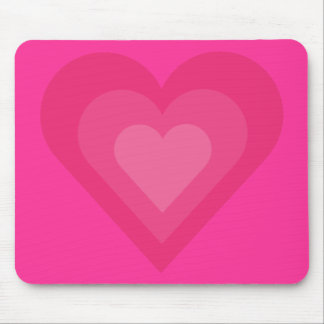 Tapis de souris assez rose de coeurs