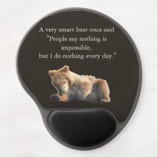 Tapis de souris avec l'petit animal d'ours
