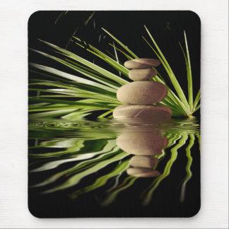 Tapis De Souris Cailloux et feuille de équilibrage de palmier