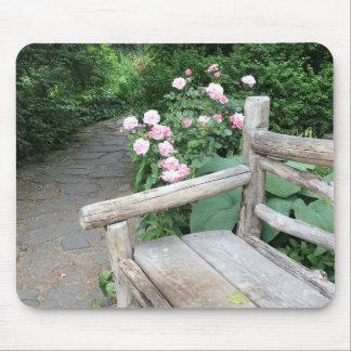 Tapis De Souris Central Park NYC de roses de banc de jardin de