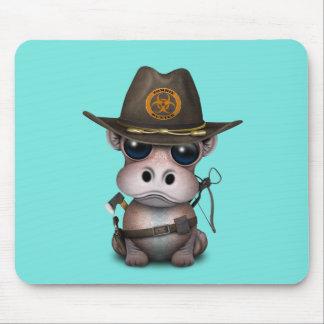 Tapis De Souris Chasseur de zombi d'hippopotame de bébé