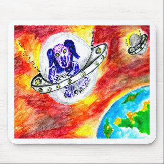 Tapis De Souris Chien étranger dans l'art de l'espace