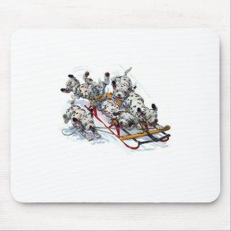 Tapis De Souris Chiots dalmatiens Sledding