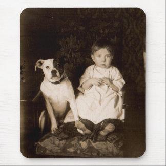 Tapis De Souris circa le pitbull 1910 et le bébé RPPC