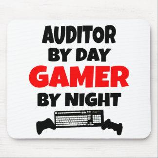 Tapis De Souris Commissaire aux comptes par le Gamer de jour par