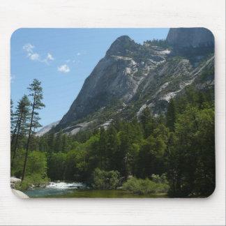 Tapis De Souris Crique de Tenaya en parc national de Yosemite