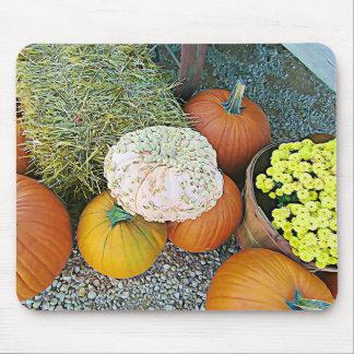 Tapis de souris d'affichage d'automne de foin de