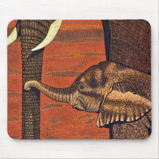 Tapis de souris d'éléphant de bébé