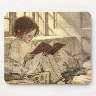 Tapis De Souris Enfant vintage lisant un livre, Jessie Willcox