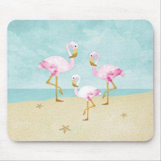 Tapis De Souris Flamants roses d'aquarelle sur la plage