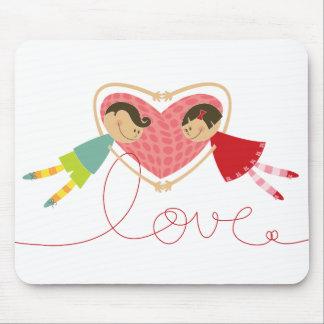Tapis De Souris Garçon et fille de bande dessinée dans l'amour