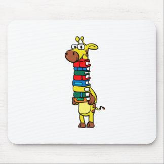 Tapis De Souris Girafe tenant des livres