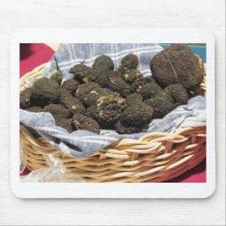 Tapis De Souris Groupe de truffes noires chères italiennes