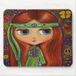 Tapis de souris hippie de poupée de paix