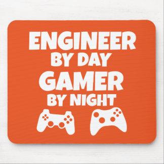 Tapis De Souris Ingénieur par jour, Gamer par la nuit - drôle