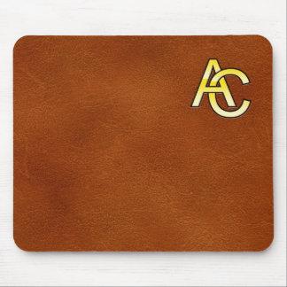 Tapis De Souris initiales  A et C en or sur fond de cuir