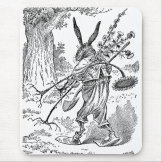 Tapis De Souris Jardinier de lapin avec la pelle et les plantes