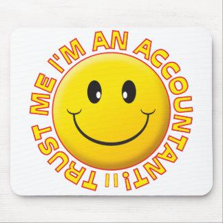 Tapis De Souris Le comptable me font confiance souriant