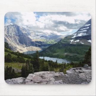 Tapis De Souris Le lac caché donnent sur le parc national Montana