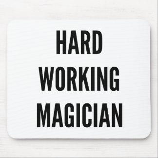 Tapis De Souris Magicien travaillant dur