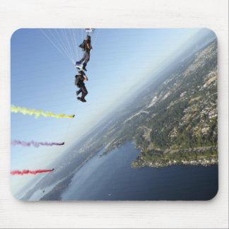 Tapis De Souris Membres de l'équipe de parachute de marine des USA