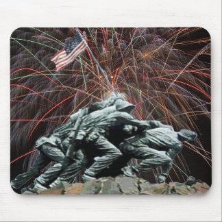 Tapis De Souris Mémorial de guerre de Corp. marine avec des feux