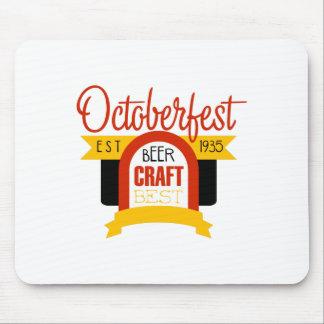 Tapis De Souris Modèle de conception de logo d'Oktoberfest