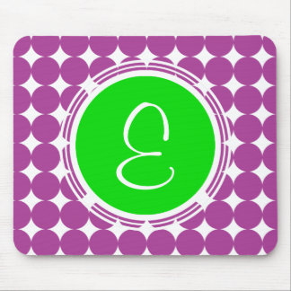 Tapis De Souris Monogramme vert et pourpre de point de polka
