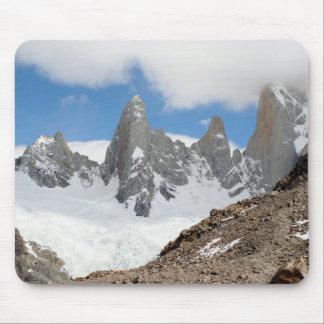 Tapis De Souris Montagnes de parc national de glacier, Argentine