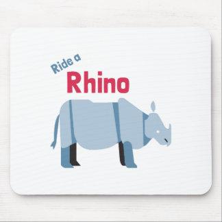 Tapis De Souris Montez un rhinocéros