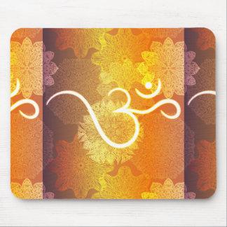 Tapis De Souris Motif indien d'ornement avec le symbole d'ohm
