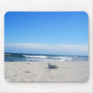 Tapis De Souris Mouette sur l'océan de rivage du Jersey de plage