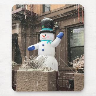 Tapis De Souris Neige supérieure de New York City NYC de bonhomme