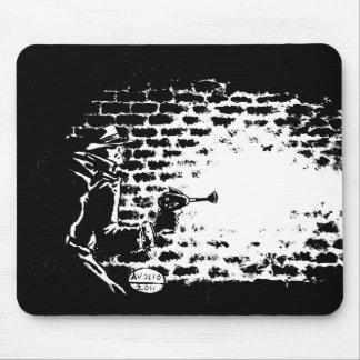 Tapis de souris Noir de Raygun, illustration par M