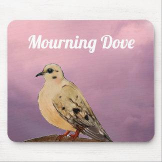 Tapis De Souris Oiseau de deuil de jardin de colombe sur la
