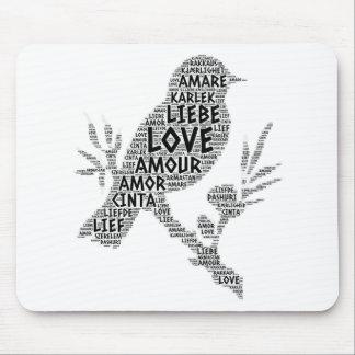 Tapis De Souris Oiseau illustré avec le mot d'amour
